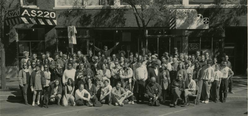 "<p dir=""ltr""><span>Group Photo on Empire Street</span></p>"