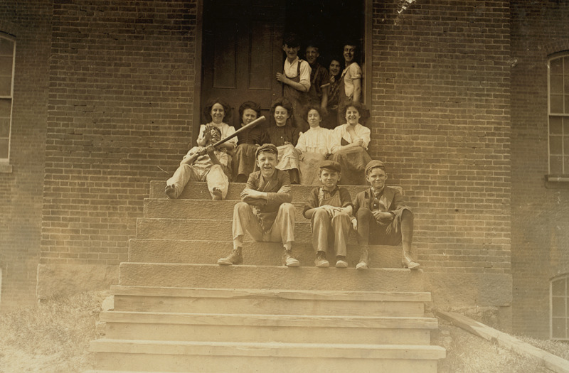 """Noon hour. Group of workers in American Yarn Mfg. Co., Pawtucket, R.I."""