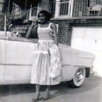 FOTOGRAFIA: Josefina en el nuevo vestido que tuvo puesto cuando llegó a los Estados Unidos